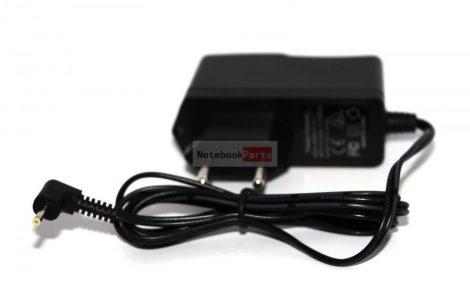 Univerzális tablet tápegység 5V 2A 2.5mm-es csatlakozóval